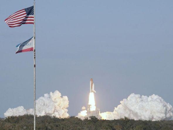 美国发现号航天飞机最后一次发射升空-科教台-中国