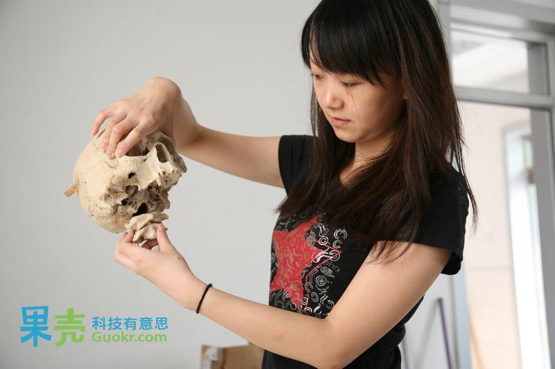 地狱边境:果壳探秘人体骨骼标本馆 科教台
