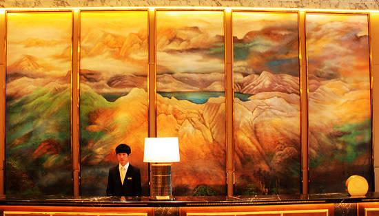 手绘长白山风景画