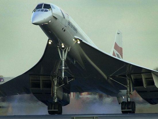 所受到的阻力只有协和式飞机等常规超音速飞机的一半