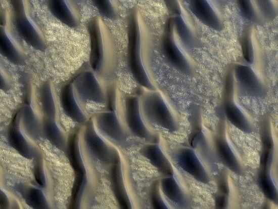 火星发现大面积火山玻璃 或证明曾存生命