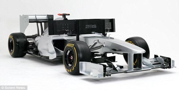 这台模拟器是F1赛车的复制品,只是不能移动