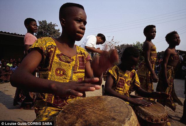 非洲成人影视_撒哈拉沙漠以南的非洲人