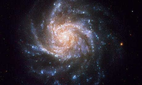 """宇宙""""青春期""""地图公布 证实暗能量存在"""