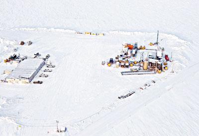 美国斥巨资在阿拉斯加冰层下试采可燃冰(图)