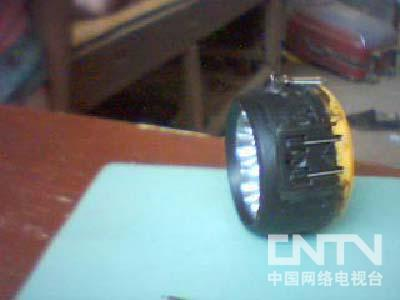 [我爱发明]百宝手电-发明梦工厂-中国网络电视台