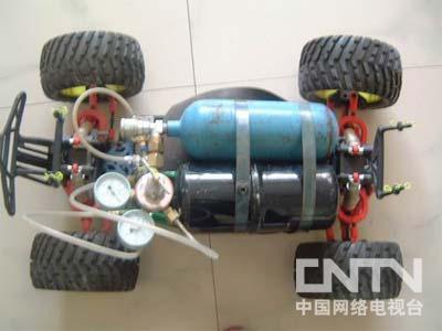 [我爱发明]空气发动机汽车-发明梦工厂-中国网络电视